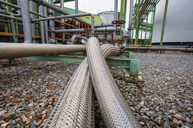 Inlet pipe hoses stainless steel for industrial chemicals use. flexible hose for flange plumbing systems flowing tank.