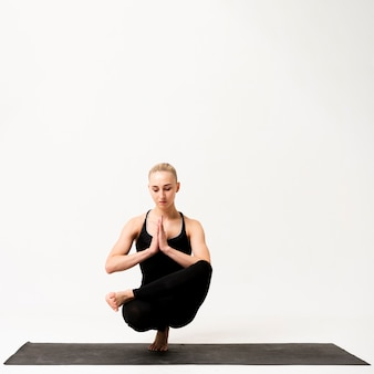 Inner balance while standing on one leg
