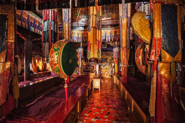 スピトゥクゴンパチベット仏教僧院ラダックインドの内部