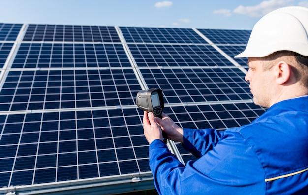 Инспекторское обследование фотоэлектрических модулей с помощью тепловизионной камеры