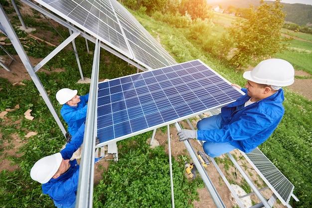 독립형 태양 광 광전지 패널 시스템 설치