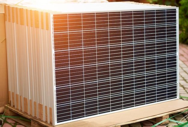 スタンドアロンの太陽光発電パネルシステムの設置