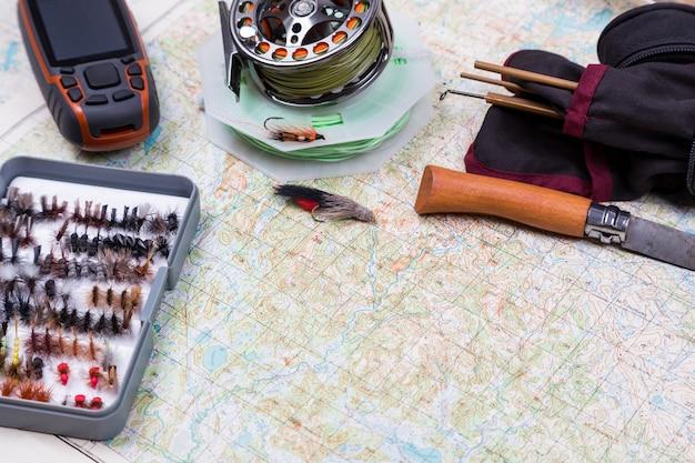 釣り道具で釣りの旅に出る