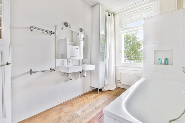 Дизайн интерьера красивой и элегантной ванной комнаты
