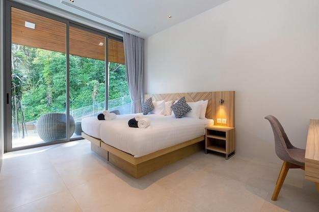 Дизайн интерьера спальни в отеле