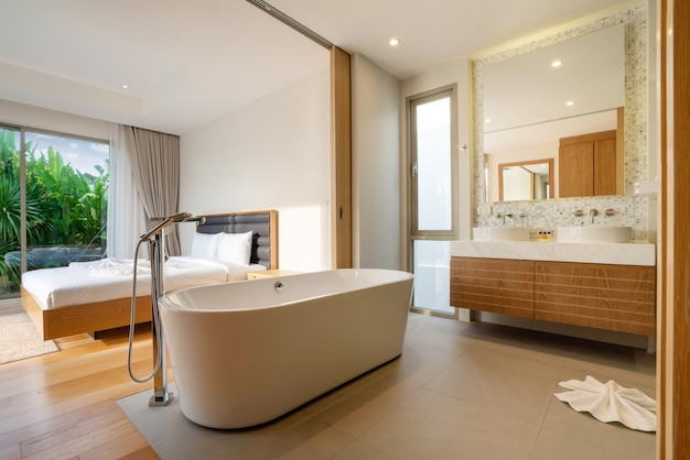 Дизайн интерьера спальни с ванной в вилле, доме, доме, квартире и квартире