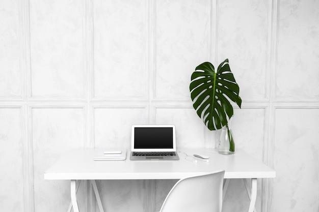 Дизайн интерьера креативного домашнего офиса