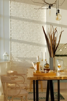 Интерьер элегантной столовой