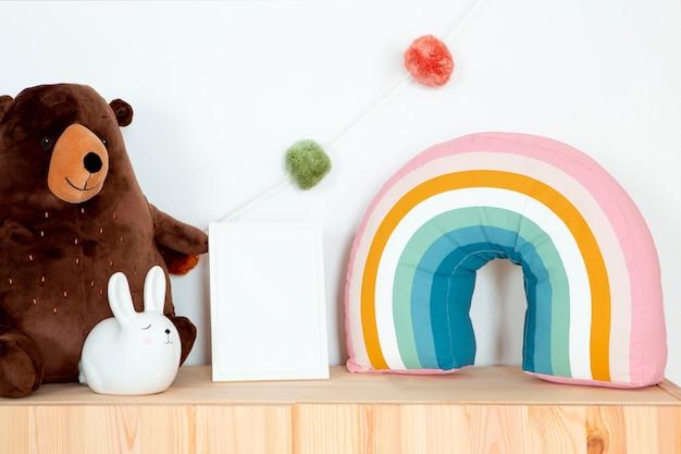 おもちゃで子供部屋の装飾のインテリア