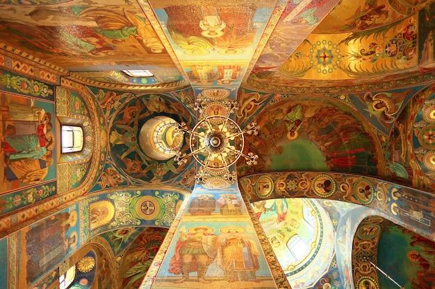 Интерьер церкви спаса-на-крови в санкт-петербурге, россия