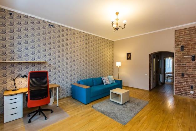 モダンなロフトスタイルの部屋のインテリア写真