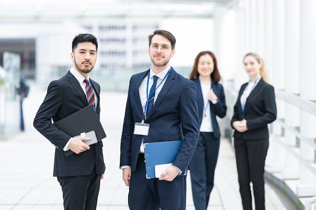 国際ビジネスチーム