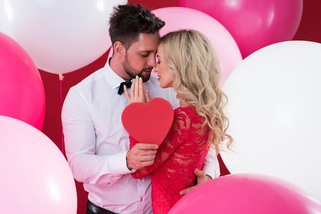男性と女性の親密な関係