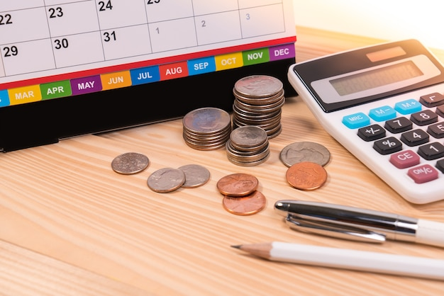 Invoice past due final notice, education fee, tax season, vendor of financial