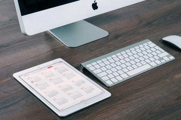 Ipad and appley computer