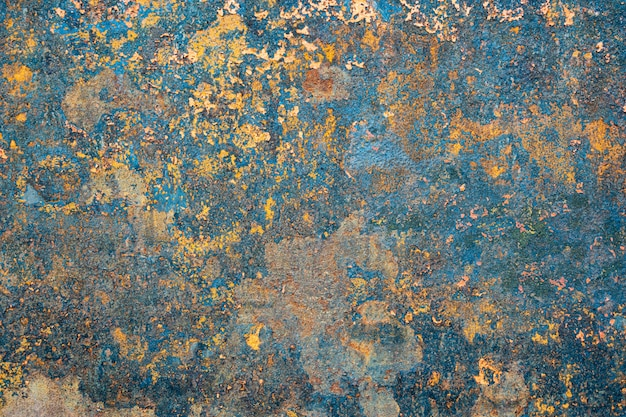 Iron wall rust