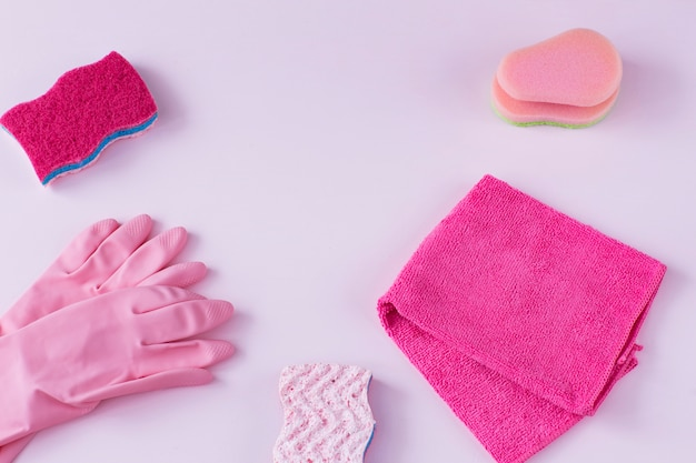 Is a rag, disposable gloves and a sponge