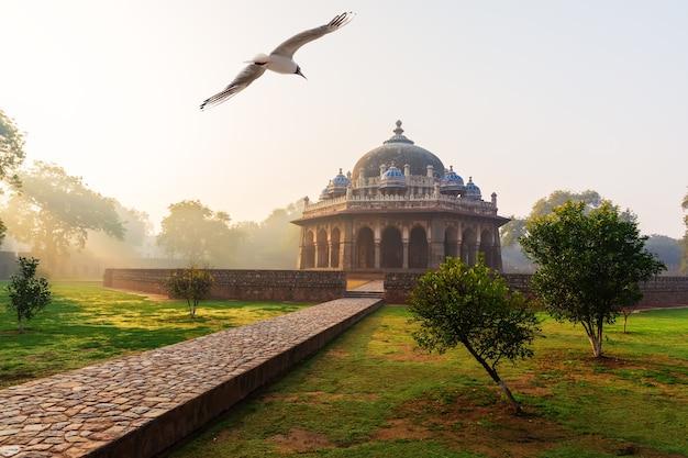 Isa khan mausoleum, the humayun's tomb complex in delhi, india.