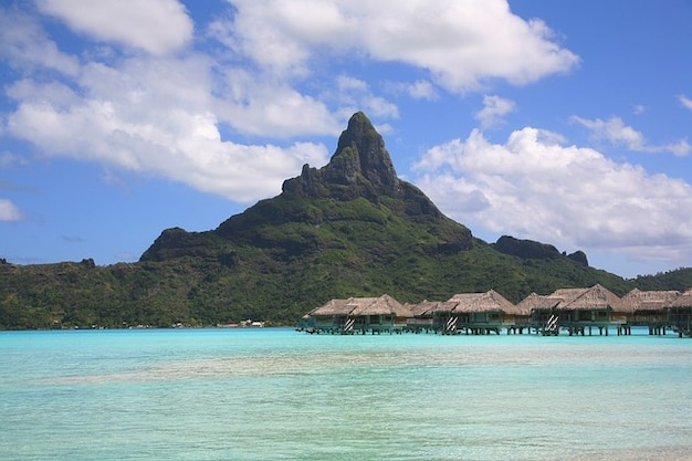 Islands bora society tahiti atoll