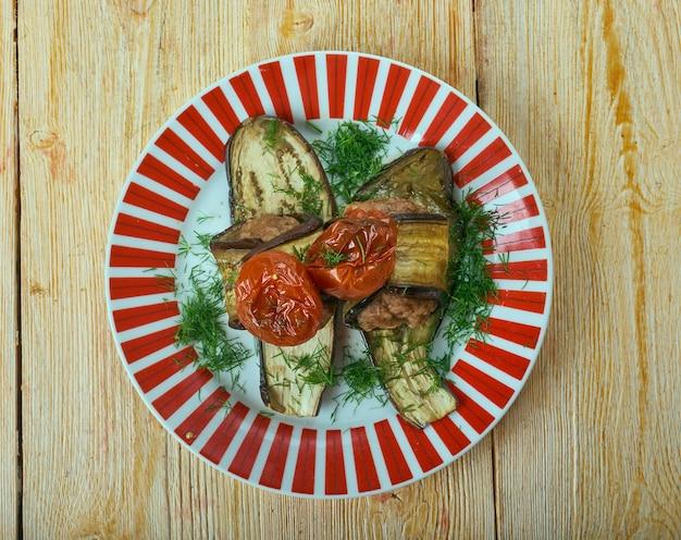 Islim или patlican kebabi - кебаб из баклажанов, турецкая кухня