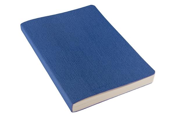 흰색 배경에 고립 된 파란색 노트북입니다. 경로를 사용하여 자릅니다. 전체 피사계 심도...