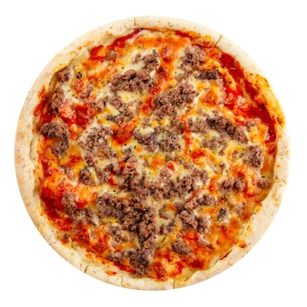 Изолированная свежая болоньезская томатная пицца