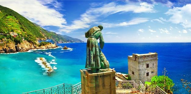 Итальянские каникулы - панорама монтероссо-аль-маре