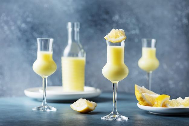 レモンとクリームのイタリア酒