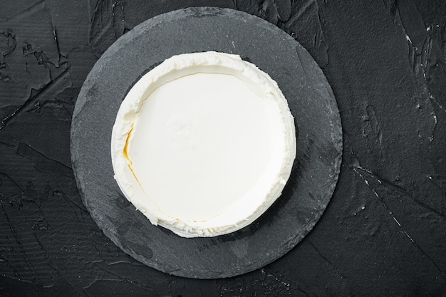 이탈리아 유기농, 리코 타 치즈, 스톤 보드, 블랙 프리미엄 사진