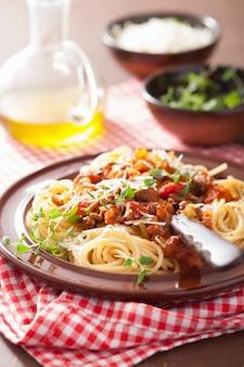 Итальянская паста спагетти болоньезе