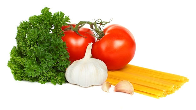 토마토, 마늘, 파슬리를 곁들인 이탈리아 파스타