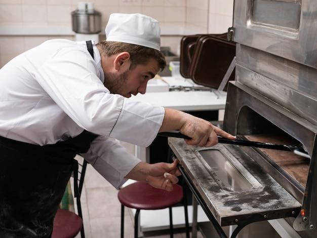 イタリアのピザクッキングオーブンベーキング