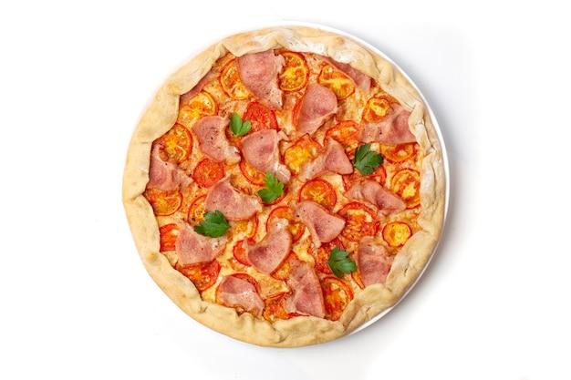 모짜렐라 치즈와 토마토를 녹인 이탈리아 피자 마가리타, 두꺼운 크러스트에 신선한 파슬리 장식