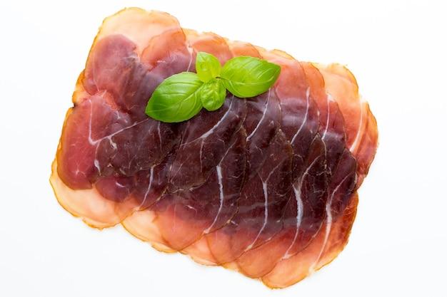 Итальянский прошутто крудо или хамон