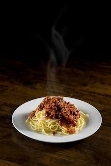 Italian spaghetti with bolognese meat sauce