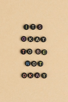 Its okay to be not okay 비즈 타이포그래피 메시지