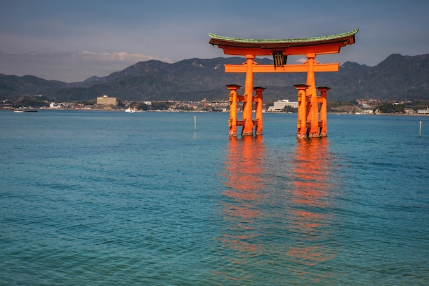 Itsukushima shrine, miyajiima