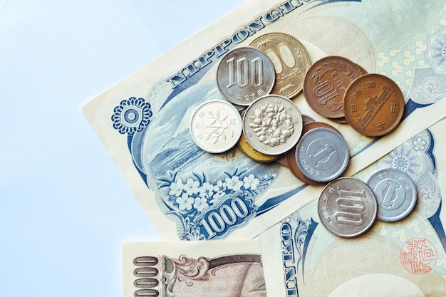 Japan banknotes & coins for business