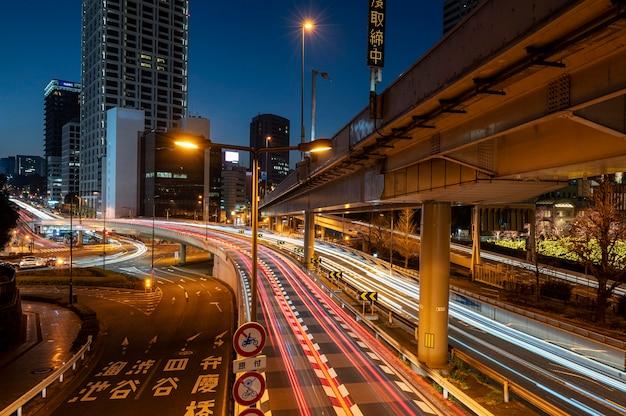 일본 밤 시간 도시 풍경