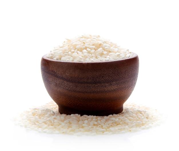 일본 쌀 흰색 절연 나무 그릇에 건조