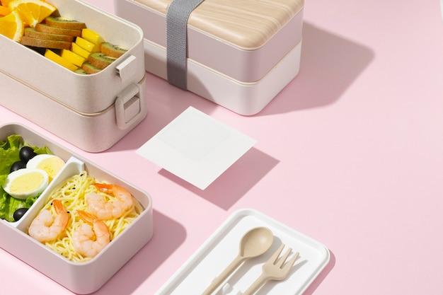 日本のお弁当箱の構成