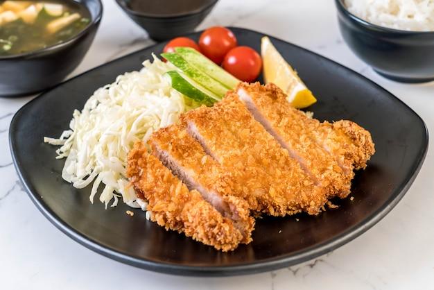Japanese deep fried pork cutlet (tonkatsu set)