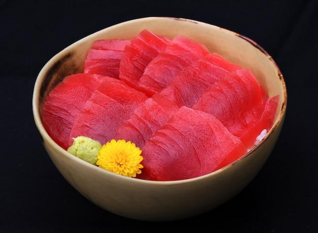 Japanese raw maguro bluefin tuna on rice