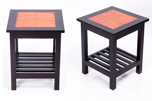 방 인테리어 디자인 아시아로 일본 전통 나무와 대나무 테이블