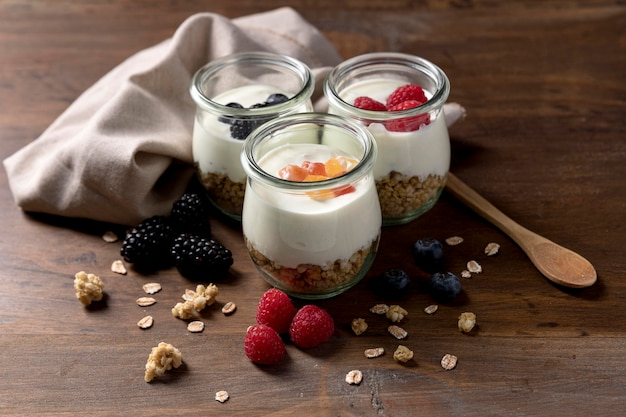 Jars with yougurt and granola