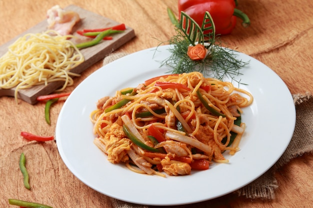 Javanese seafood noodles