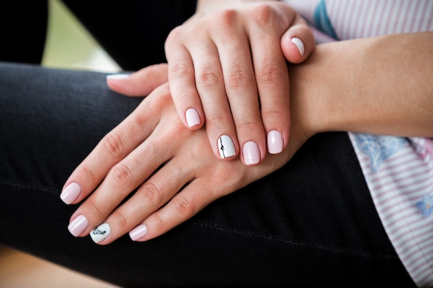 Jeans and a beautiful manicure. fashion style