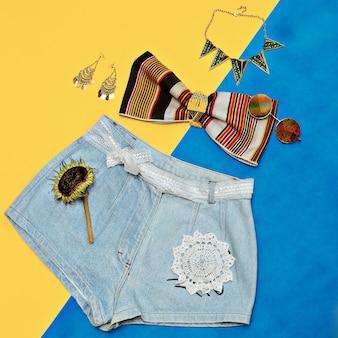 ジーンズショーツ夏のファッションアクセサリー。カントリースタイル。