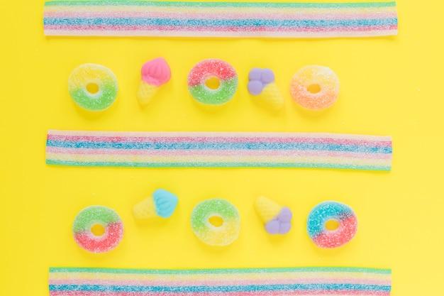 Strisce e anelli di gelatina