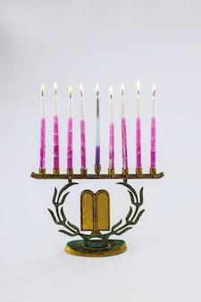 Еврейский фестиваль огней символ праздника ханука менора